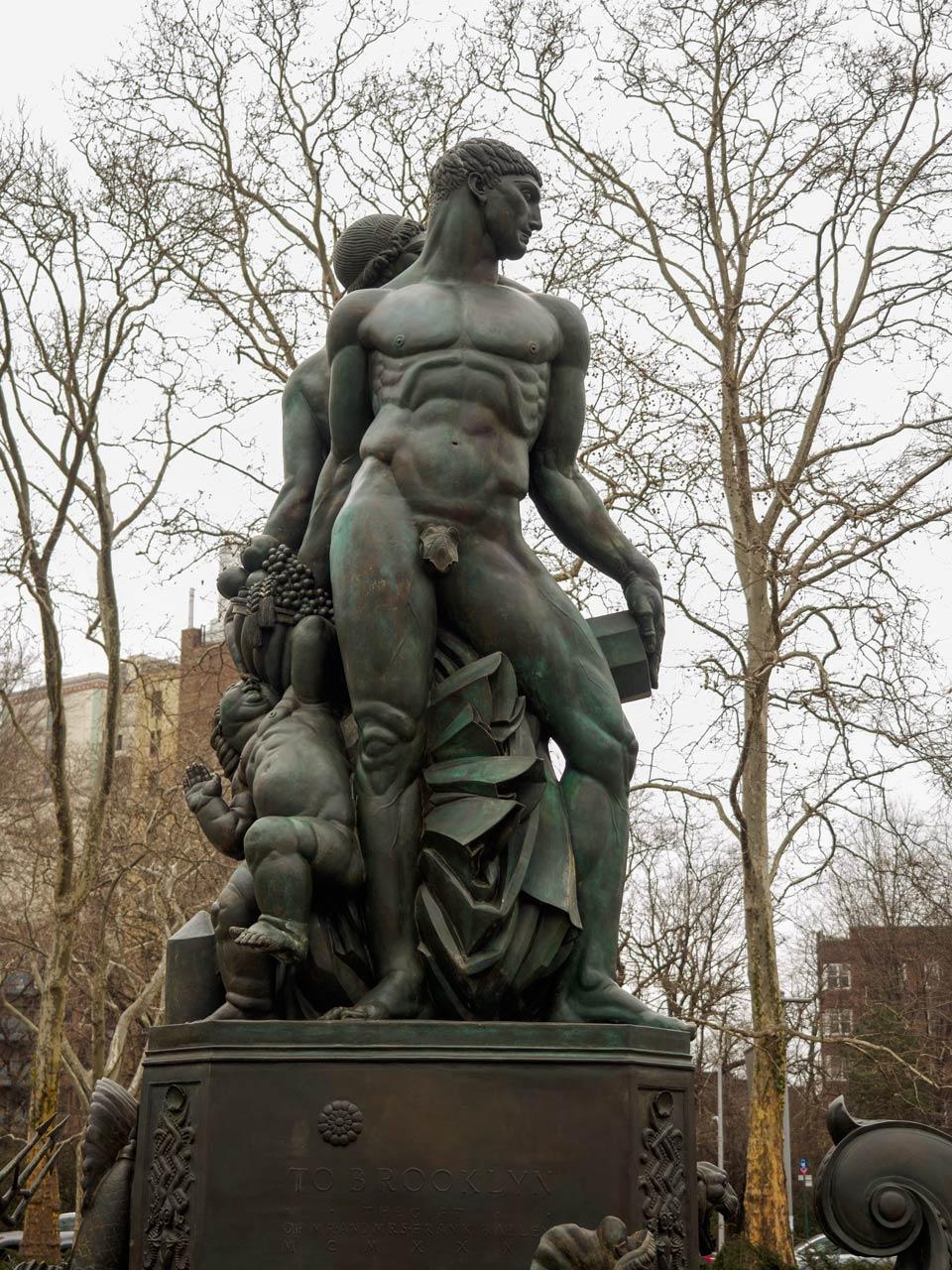 statue of naked man with perfect censorship